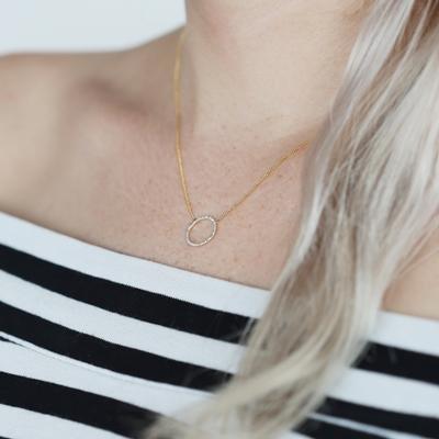 14 Karaat geelgouden ketting cirkel met diamant