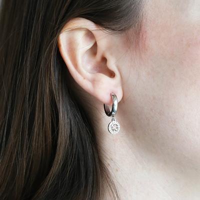 Guess stalen oorbellen logo 15mm