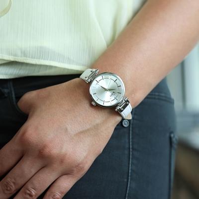 Colours by Kate Armbanduhr mit einem weißen Lederband