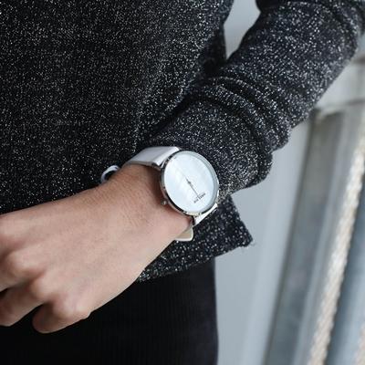 Donna Mae horloge met witte leren band
