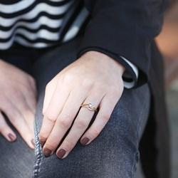 14 Karaat geelgouden ring met diamant__1043146__1__thumb