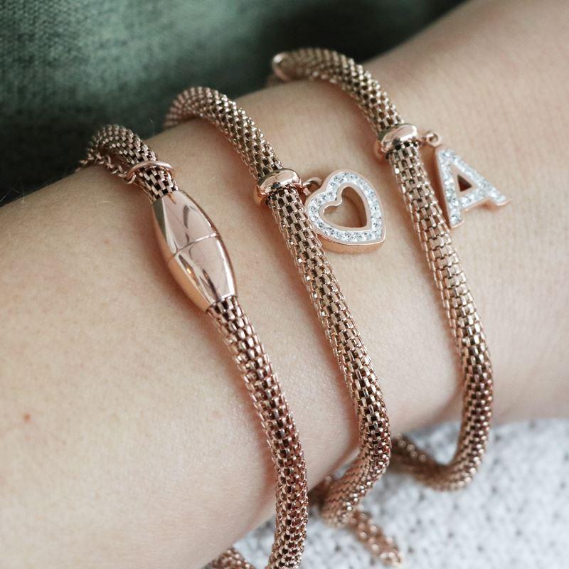Stalen armband mesh roseplated letter met kristal__1034135__1